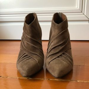 🦊 Aldo Ankle Boots